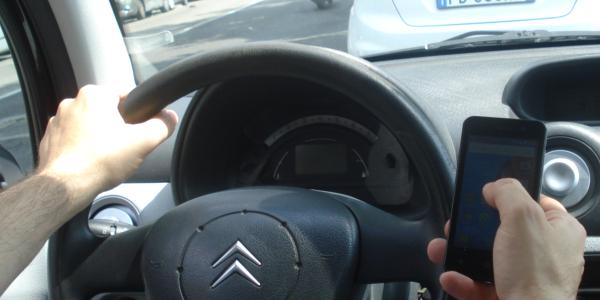 Stabilità e tenuta di strada, comportamenti, cautele di guida